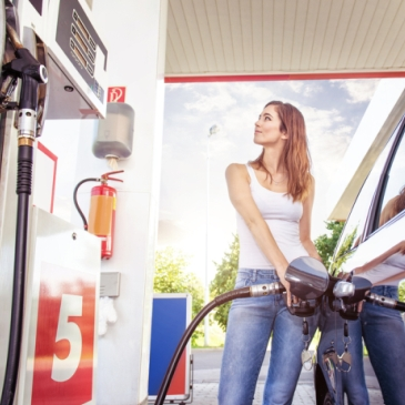 Travel: Gas Rewards Rank As Favorite Credit Card Perk For Second Straight Year