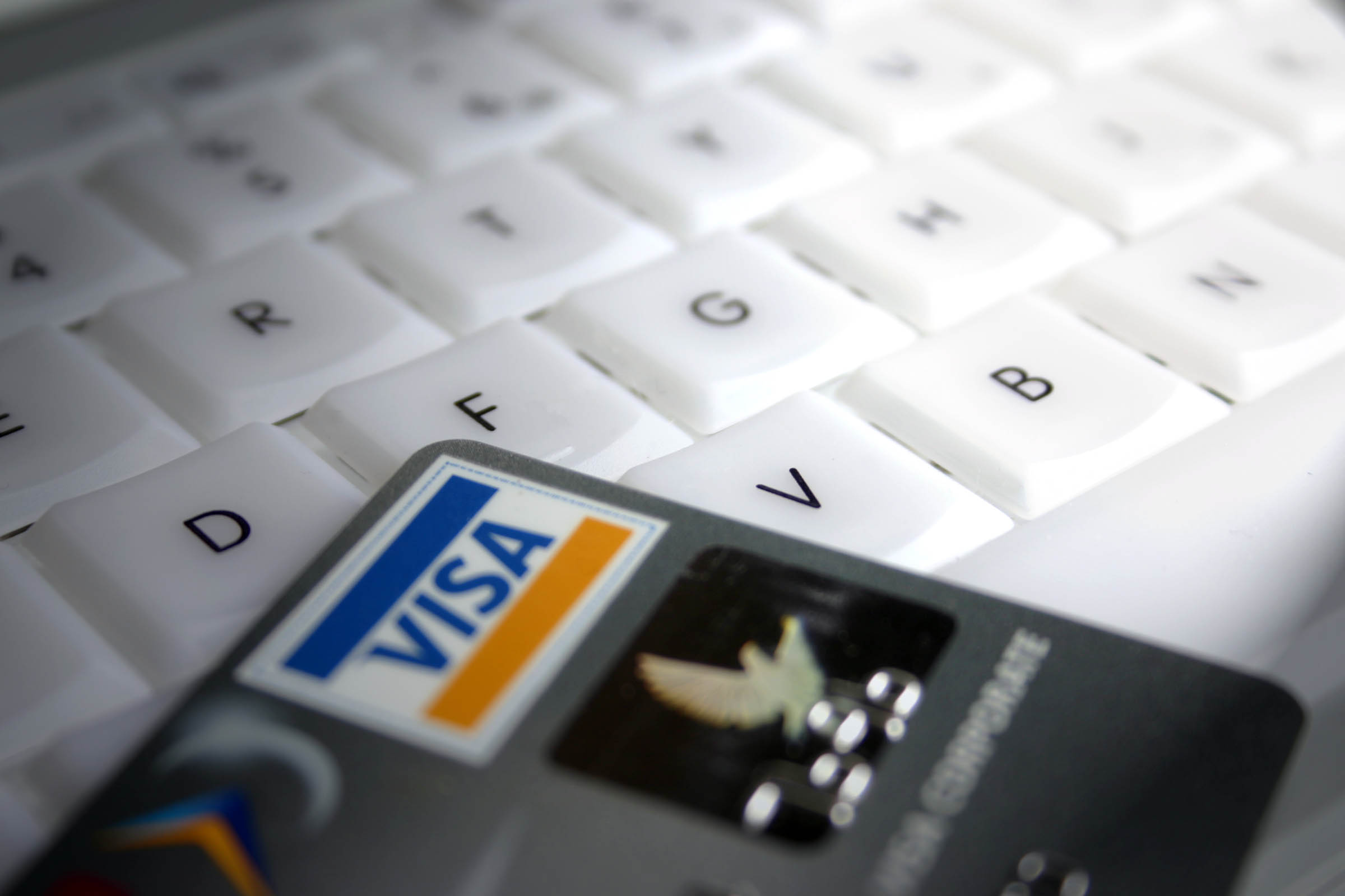 interest rates: Last Minute Credit Card Bill Amendment Worrying Retailers